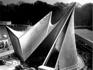 Xenakis' design - the Philips pavilion